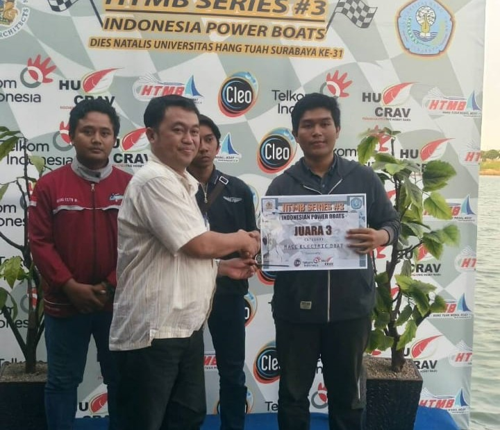 JUARA 3 Kategori Electric race pada HTMB SERIES #3 di Universitas Hang Tuah Surabaya
